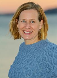 Lisa Dunlap200 x 275